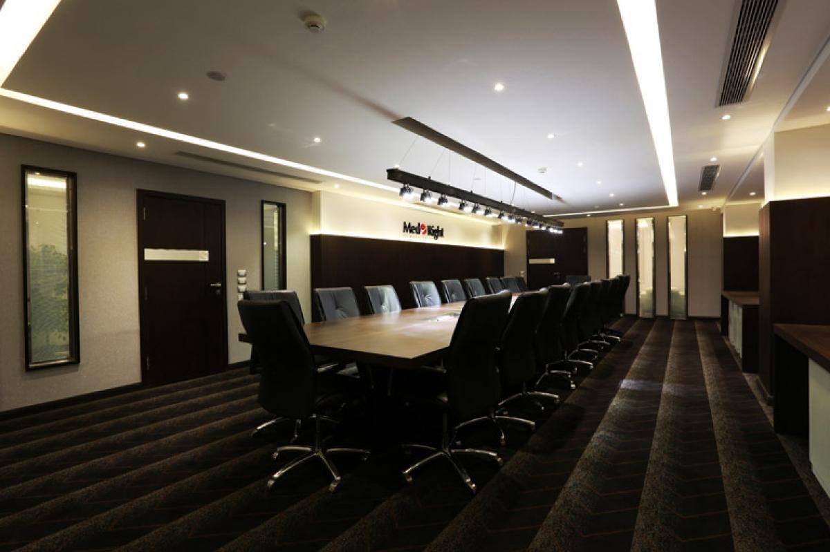 MedRight Meeting Room | Hazem Hassan Designs